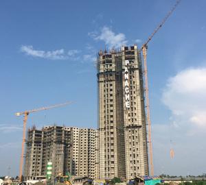 Три крана Potain MCT 85 помогают строить роскошные резиденции в Индии